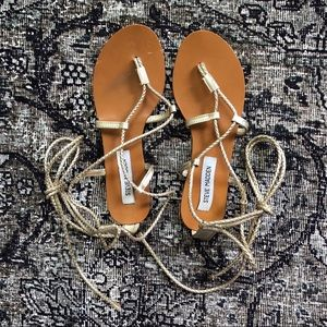 Steve Madden Wekit Gold Leather Sandals